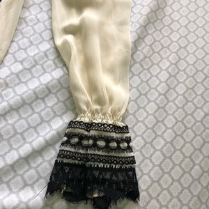 Tops - Cute Black and White Blouse